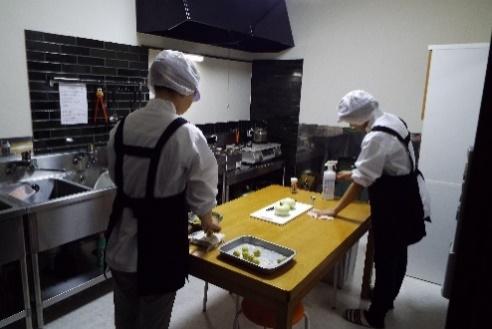 【食品加工室】